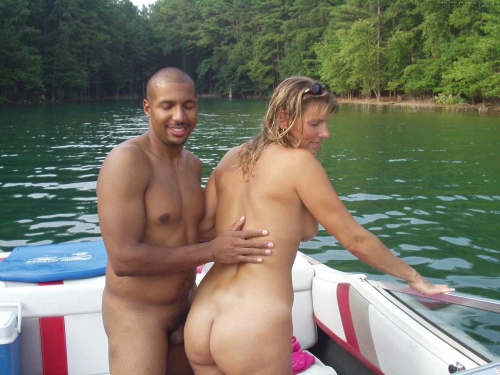 Young couple bathe naked