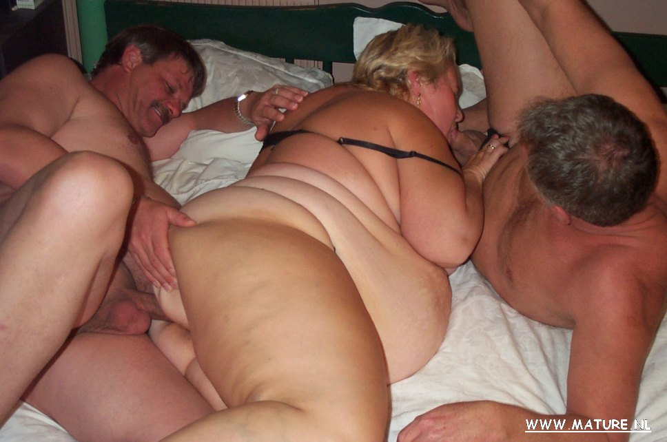 Chubby Mature Threesome Hd