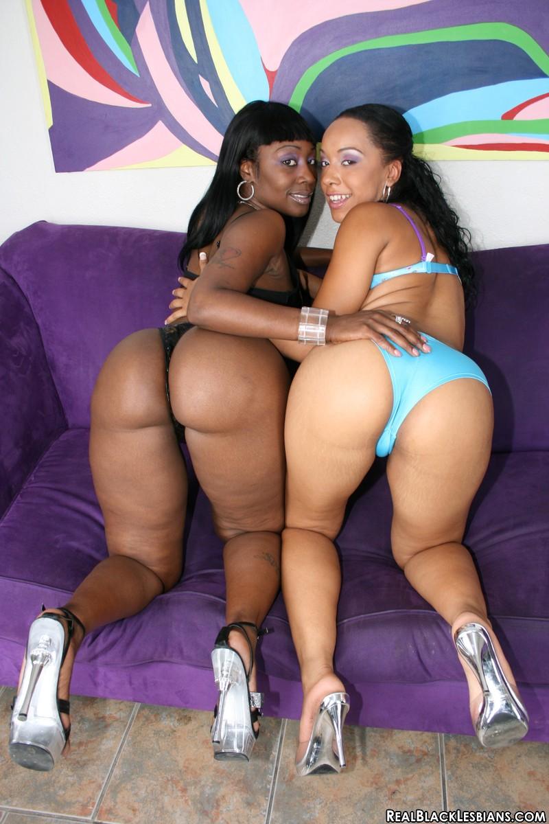 Big butt black lesbians fuck each other