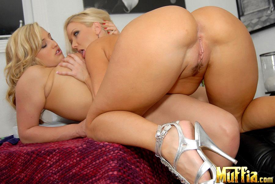 Lesbians Big Tits Threesome