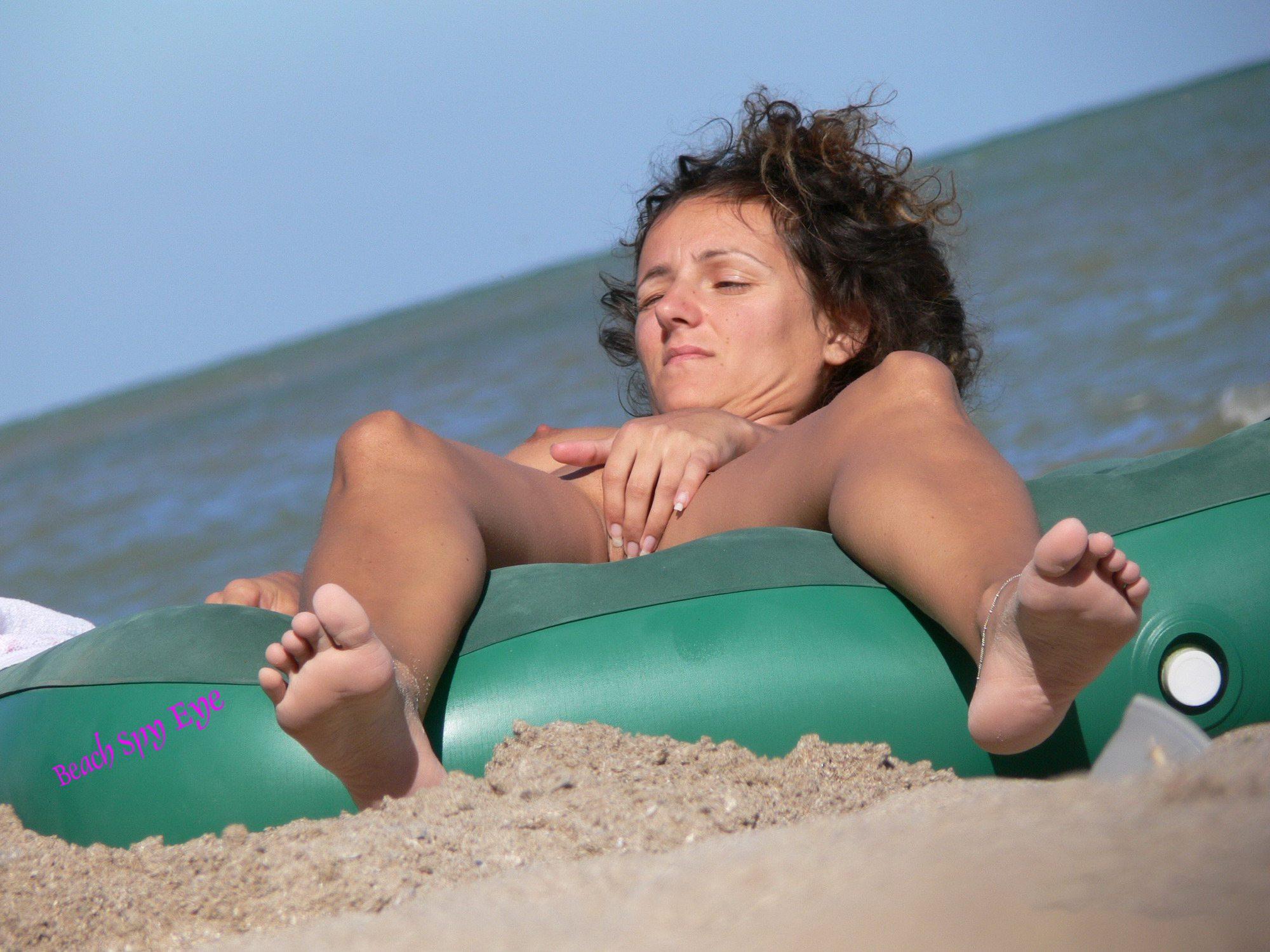 Shower Cam Nude Beach - Hidden nude beach video