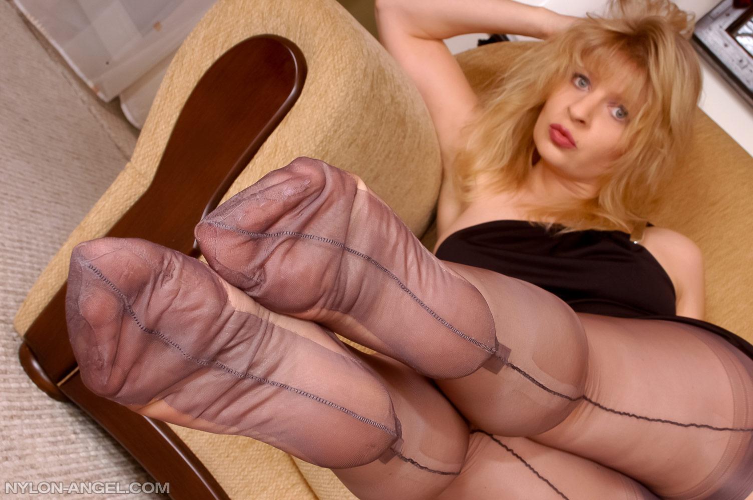 Nylon Feet Worship Slave
