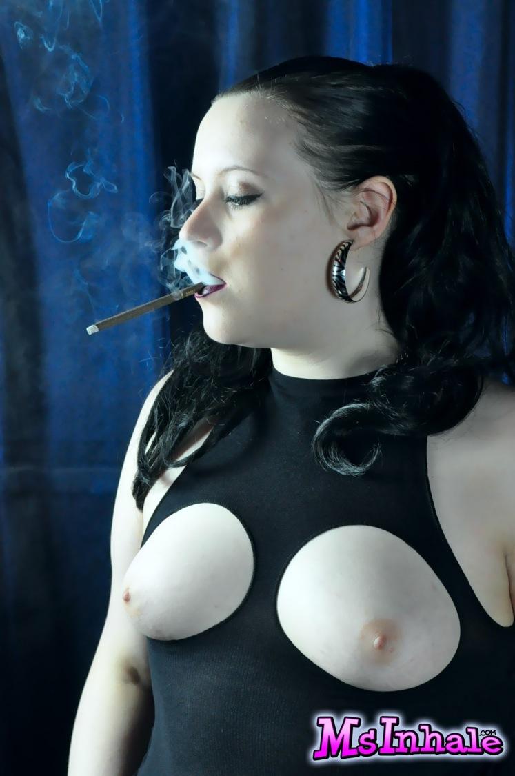 Daisy Dabs Caught Smoking