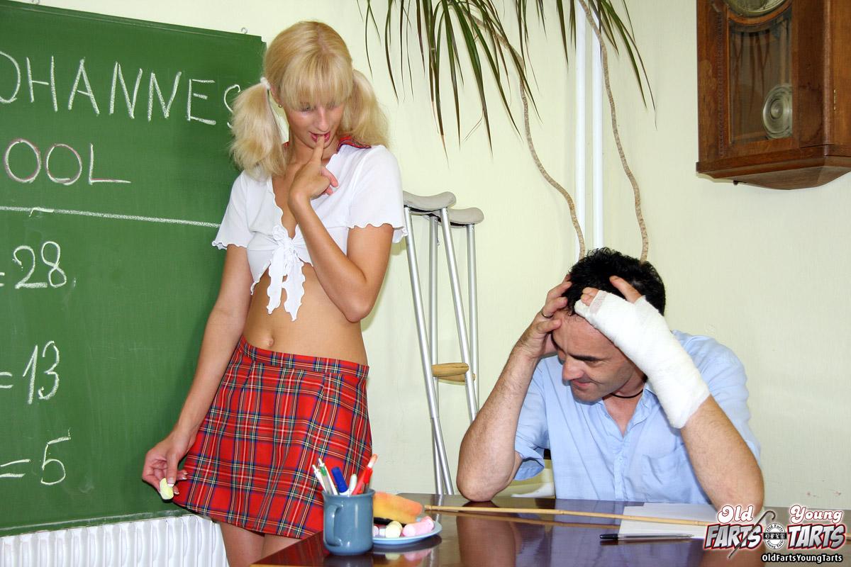 Student Fucks His Sexy Teacher