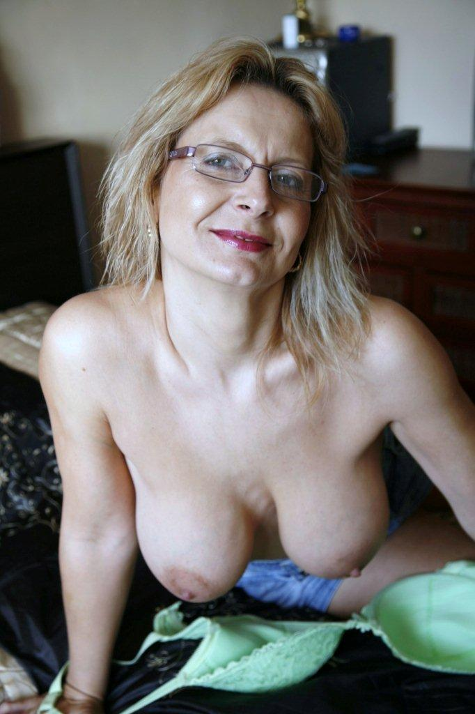 sorry, free mature tits and ass All above told