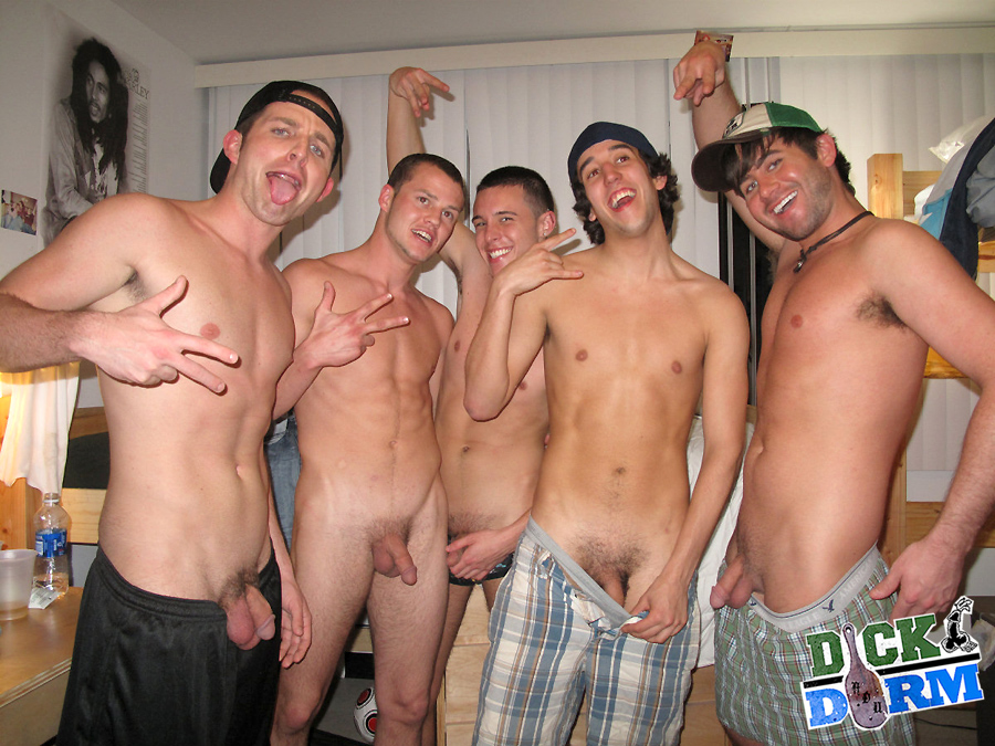 Gays have amazing group sex