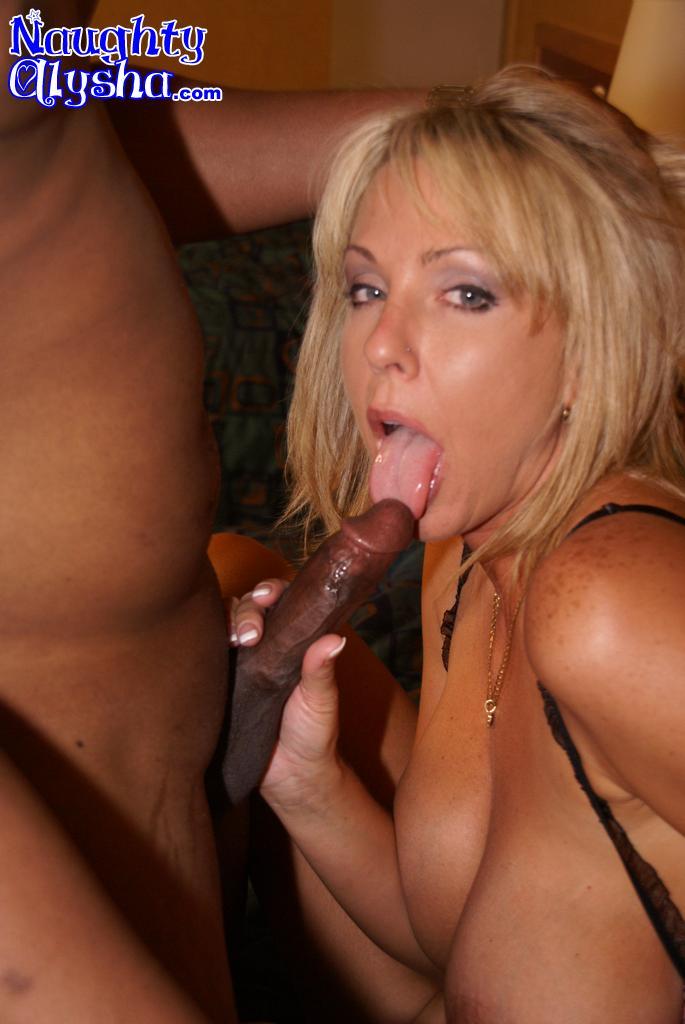 Bbw Ebony Sucking Black Dick
