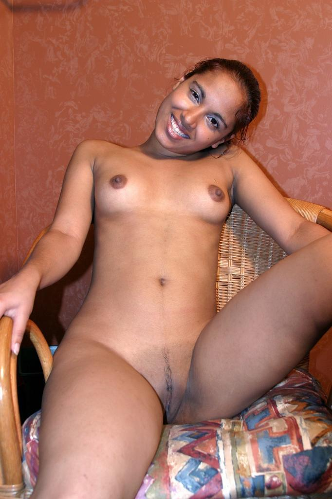 Ebony Teen Bathroom Solo