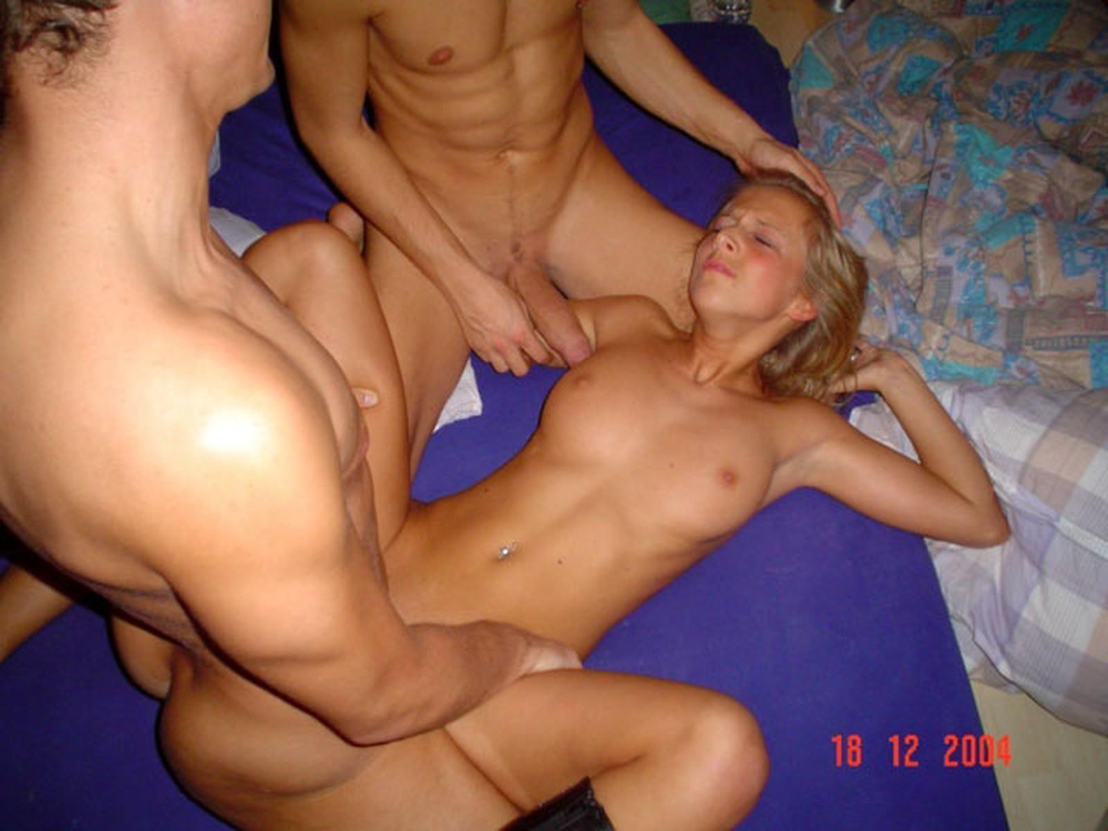 Bisexual Threesome 2 Guys
