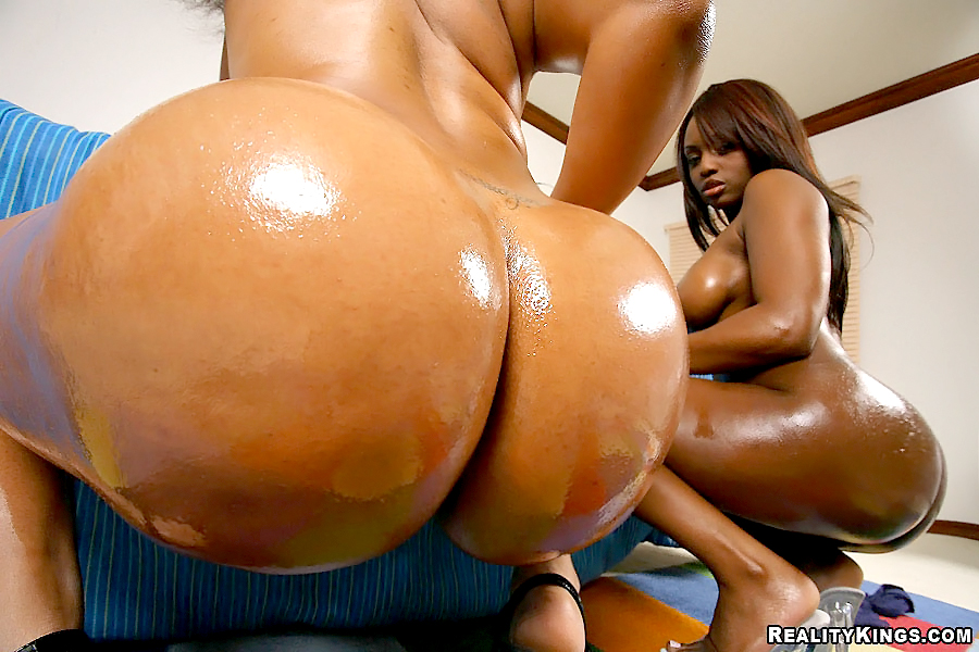 Black Big Tits Threesome