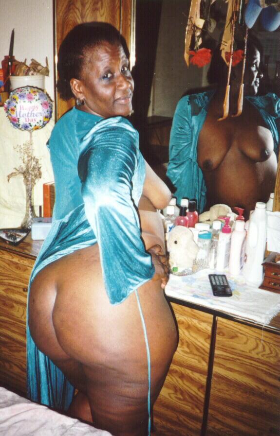 Nude hot thai girls