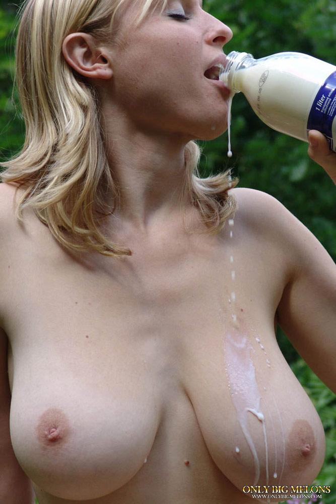 Teen Huge Tits Creampie