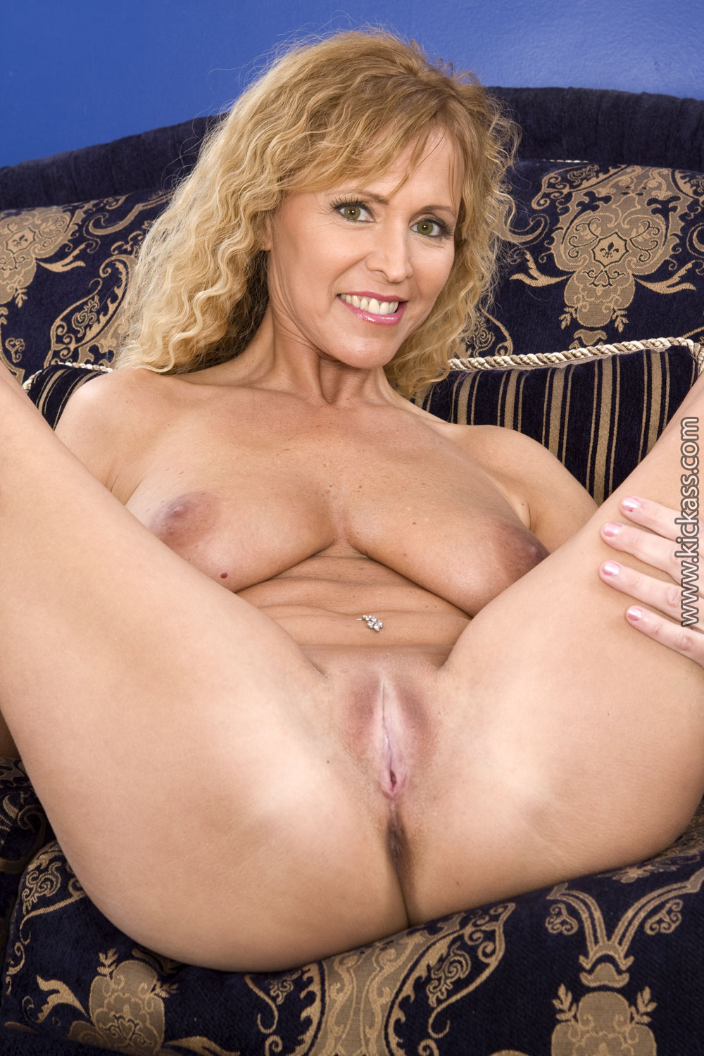 Nude pics moore Nicole for that