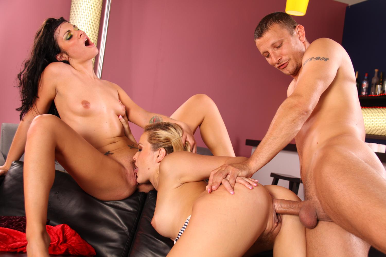 German Mature Threesome Hd