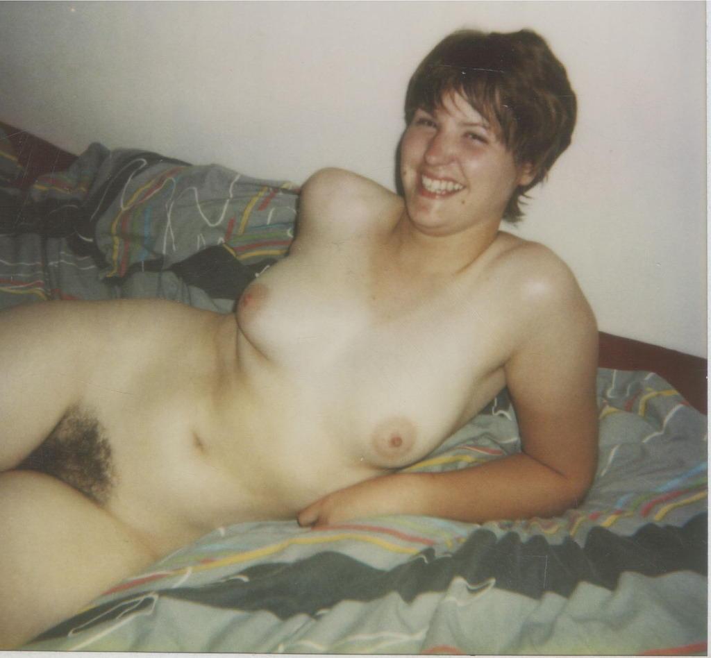 Nude women oral sex gangbang