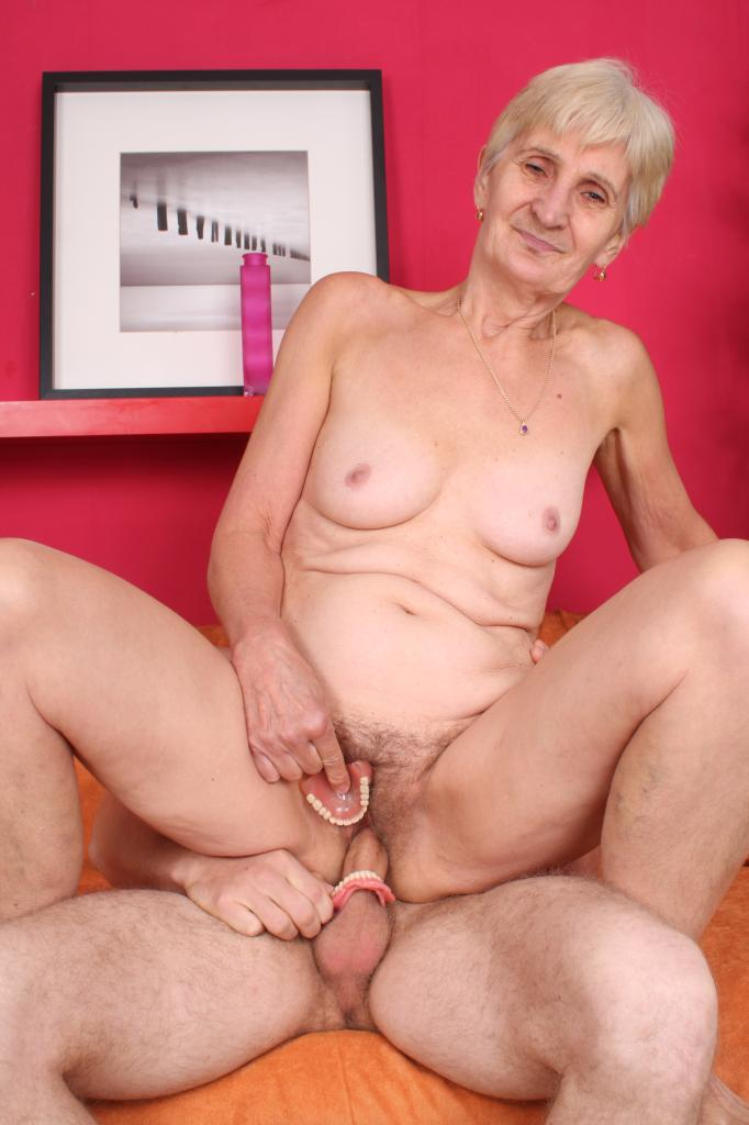 Fat Toothless Granny - Naughty granny Irene removes her dentures to work a cock ...