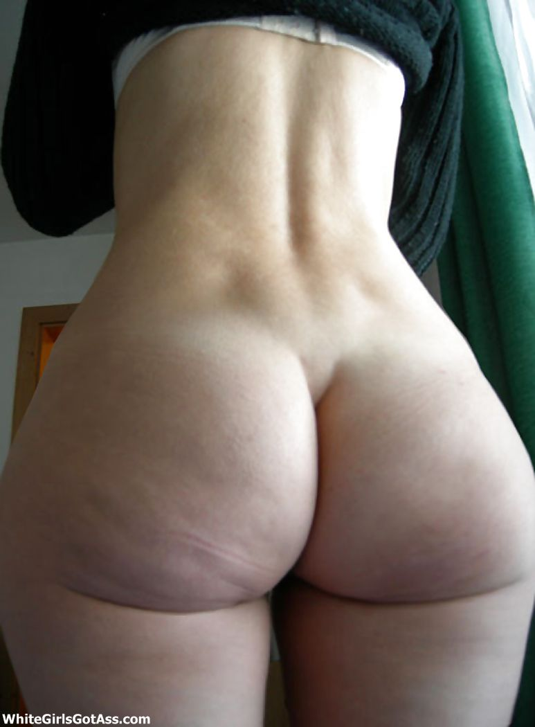 Juicy white booty naked, sweet little wet pussy