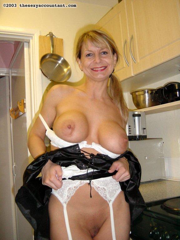 Hot Busty Blonde Milf Pov