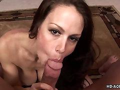 Bustybrunette sealbraeking xnxxx sticks his dick in her wet vagina