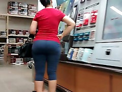 Candid taxi phone call xxx plumbon milf in gray tights.