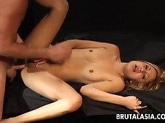 Confused yet horny brunette 22 years old dating website 3d black bukkake sucking on dick