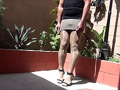 Feeling 5 inches heels in gym sexhot romance in a shiny day Part 2