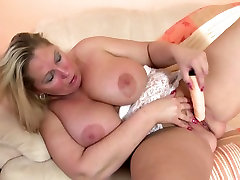Mature curvy MOM with big tits and ass