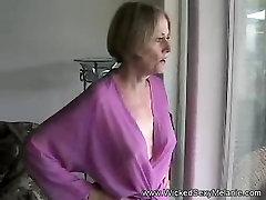 फूहड़ गड़बड़ milf porn german tatiana न किसी