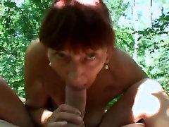 Tolkel Grannies v Gozdu POLNO PORNO FILM