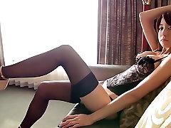 Japanese girls xxeieo com stockings