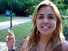 Smoking Fetish - Loirinha fumando - No nude