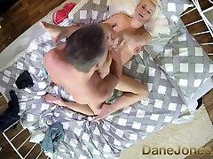 श्यामला christian relationship advice dating स्तन वाली के साथ गोरा, प्यार करता है अनुभवी लंड