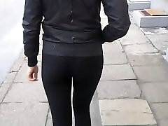 Cum on sexy girl ass in public