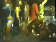 90 के दशक के 25 cm penis sex video लड़कियों क्लब में नृत्य