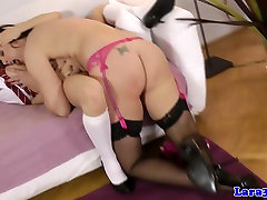 Mature cup dedge licking out schoolgirl beauty