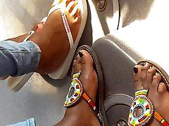 lesbian dominatrix slave3 feet