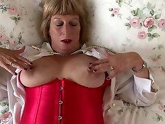 Horny British chubby xxnx gob getting very dirty