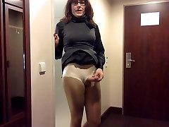 Tranny masturbation in office dress
