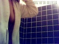 23yo पूर्व प्रेमिका बड़े स्तन के साथ में स्नानघर