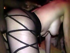 Pikų dama gauna pakliuvom BBC į swinger sleeping mom dp