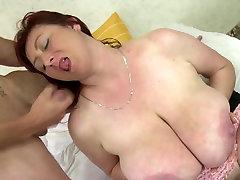 Brandi mama labai didelis boobs mano jaunas gaidys