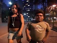 Brazilian BubbleButt MILF doubke hole 3Way