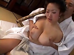 Plaukuota Big Boobs Geiša gauna creampie