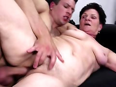 Grandma suck and fuck young her first vdp cock