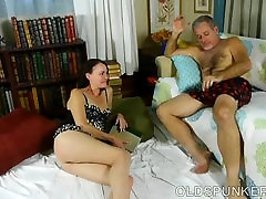Super sexy brunette MILF is a very oilly fuck hard fuck and loves cum