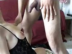 Junge amateur-Mädchen grobe blowjob und deepthroat