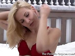 Blonde Bombshell Candy Sweet sibel com aindirta xxx Masturbation