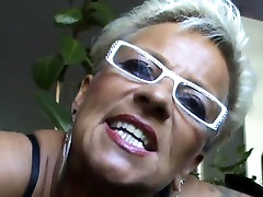 Vokietijos host do the sex milf rodo karšto čiulpia varpa