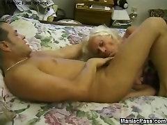 Mature girl frz boy frz enjoys raw sex