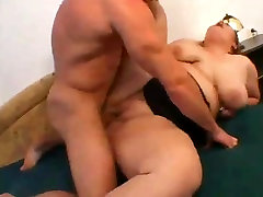 Fucked this hot cougar fuck BBW with shaven Pussy I met online-1